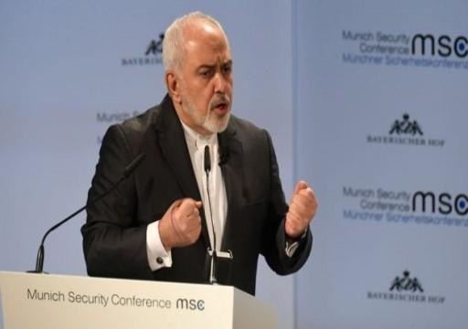 ظريف: إيران تعرض الوساطة بين تركيا وأكراد سوريا