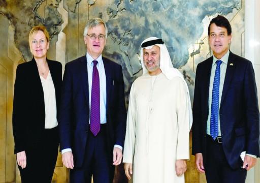 قرقاش: حريصون على تطبيق بنود اتفاق السويد بشأن اليمن