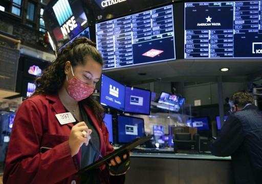 دراسة: بطء التلقيح ضدّ كورونا سيكبّد الاقتصاد العالمي 2.3 تريليون دولار