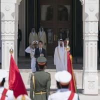محمد بن زايد يستقبل رئيس تركمانستان
