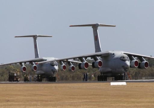 انطلقت من قاعدة سويحان بأبوظبي.. 3 طائرات شحن عسكرية تصل شرقي ليبيا