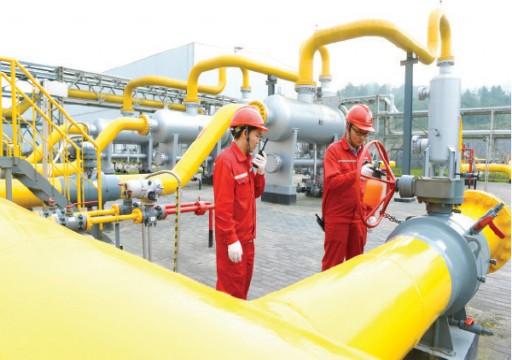 النفط يرتفع عند التسوية مع مخاوف تراجع المعروض