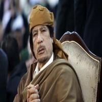 سفير ليبي سابق يكشف كيف أدت مكالمة هاتفية إلى مقتل القذافي