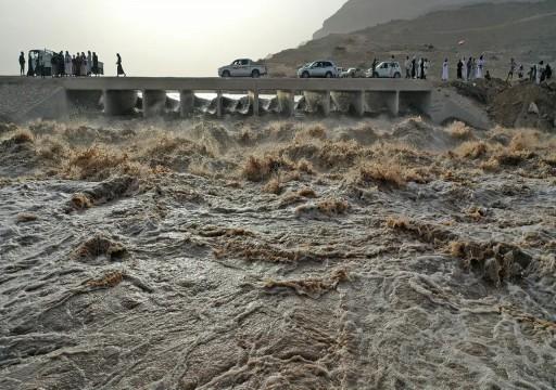 وفاة سبع فتيات غرقاً بسبب السيول الجارفة جنوبي اليمن