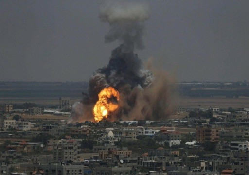 استشهاد 3 فلسطينيين وإصابة 52 آخرين جراء قصف الاحتلال موقعاً لحماس