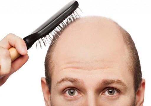 خبير ينصح باستهلاك 5 فواكه لمنع تساقط الشعر