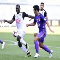 الزعيم يخسر في «أبطال العرب» ويرفض انضمام لاعبيه للمنتخب