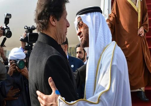 محمد بن زايد يجري اتصالين هاتفيين برئيسي وزراء الهند وباكستان