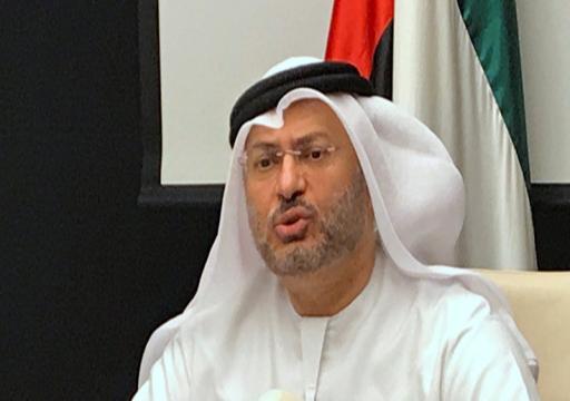 قرقاش ينتقد تصريحات حمد بن جاسم بشأن الأزمة الخليجية