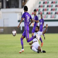 العين يتغلب على الإمارات بثلاثة أهداف مقابل هدف في دوري الخليج