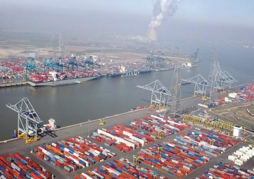 الهند: «موانئ دبي» تحاول عرقلة تحقيق في انتهاكات بميناء مومباي