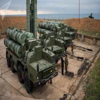 وكالة: قطر تبحث مع روسيا صفقة محتملة لشراء أنظمة إس-400 الصاروخية