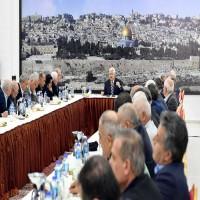 عباس يتهم «حماس» بالوقوف وراء تفجير موكب رئيس الوزراء