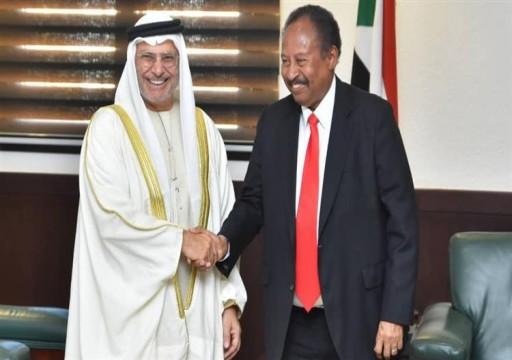 إثر تدخلات أبوظبي.. قرقاش: السودان على الطريق الصحيح ليصبح  نموذجاً يحتذى في المنطقة