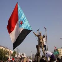 اليمن.. الانتقالي الجنوبي يهدد بطرد الحكومة والمسؤولين من عدن