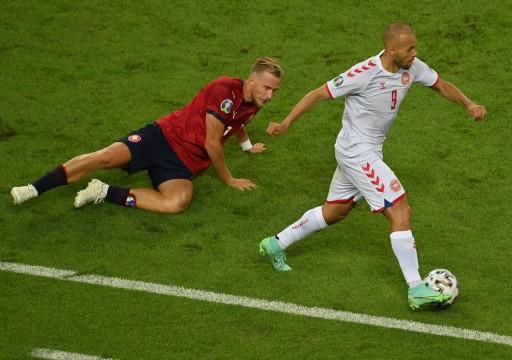 الدنمارك إلى المربع الذهبي لكأس أوروبا على حساب التشيك