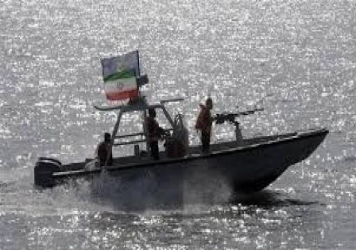 بينهم مواطن إماراتي.. إيران تؤكد احتجاز 5 صيادين دخلوا مياهها الإقليمية بالخطأ