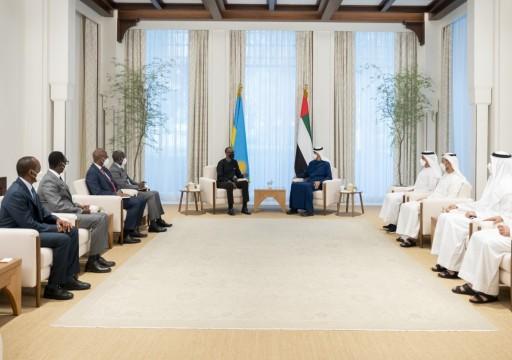 محمد بن زايد يبحث مع رئيس رواندا العلاقات الاقتصادية والتجارية بين البلدين
