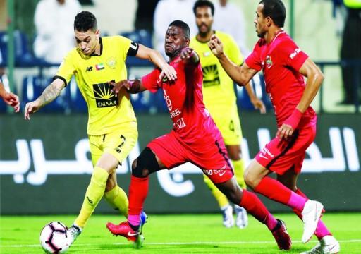 الأهلي يعمق جراح الوصل بثلاثية في الجولة السابعة من الدوري