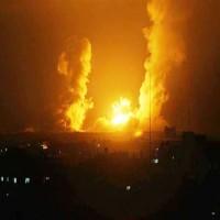 غارات إسرائيلية على غزة.. وحماس تردّ بإطلاق قذائف نحو بلدات حدودية