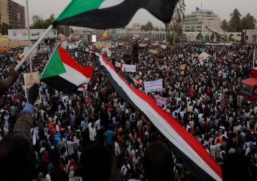 المجلس العسكري السوداني يطلق سراح قيادي بحزب البشير