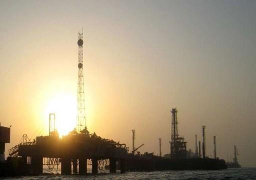 النفط يصعد بفعل مؤشرات انحسار الحرب التجارية بين واشنطن وبكين