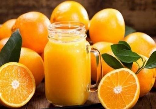 دراسة: كوباً من عصير البرتقال يقي من الإصابة بالخرف