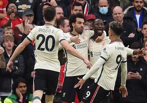 صلاح يقود ليفربول لفوز تاريخي على يونايتد في الدوري الإنجليزي