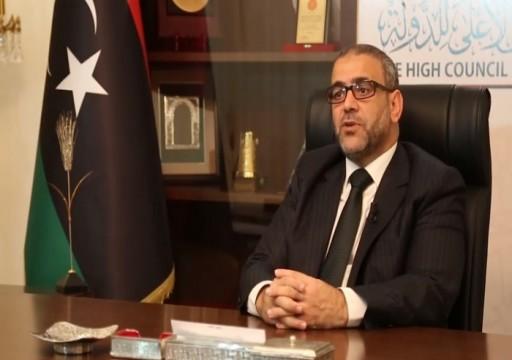 مسؤول ليبي يتهم الإمارات بدعم حفتر بسخاء لقصف المدنيين