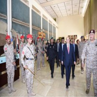 الرئيس اليمني: جنوح الحوثيين للسلام مع كل هزيمة يتلقونها لم يعد مقبولاً