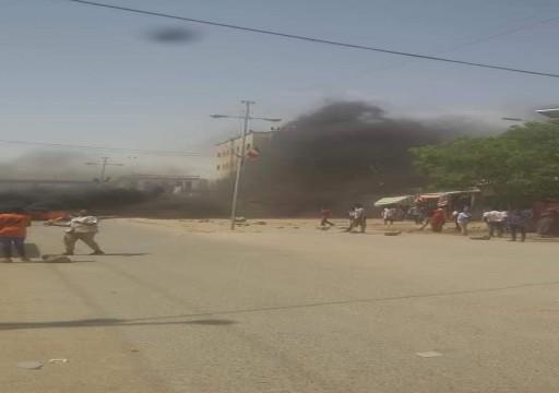 الصومال.. إصابة رئيس بلدية مقديشو ومسؤولين آخرين في تفجير انتحاري