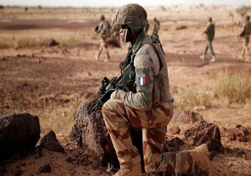 مالي تتحرك لاستبدال القوات الفرنسية بمرتزقة روس وسط مخاوف على استقرار الساحل الإفريقي