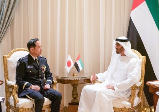 محمد بن زايد يستقبل رئيس أركان القوات المشتركة اليابانية