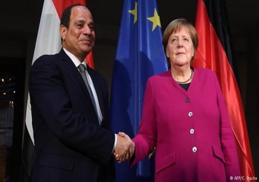 موقع ألماني: قمة شرم الشيخ فرصة للسيسي لتبييض سجله الحقوقي