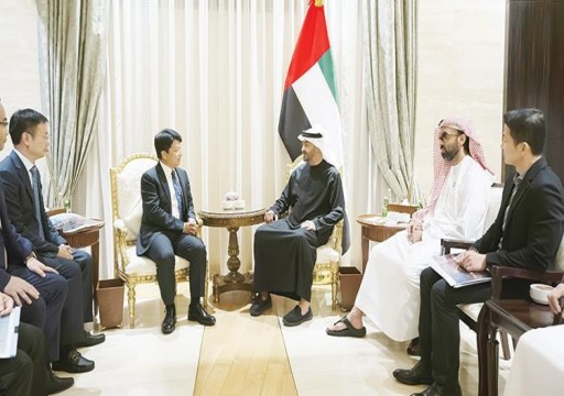 محمد بن زايد يبحث فرص التعاون بين الشركات الإماراتية وهواوي الصينية