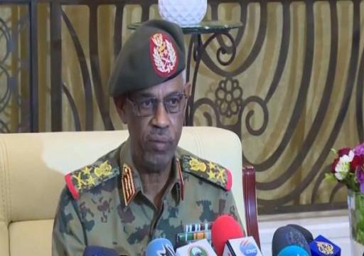 في أول تصريح له.. نائب البشير الجديد يقر بأن السودان تواجه أزمة