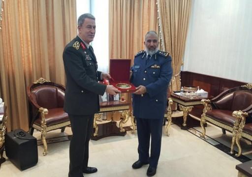 مباحثات تركية قطرية لتعزيز التعاون العسكري في الدوحة