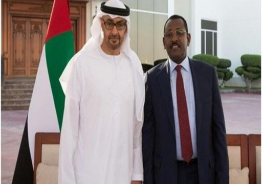 أنباء عن عودة مدير مكتب البشير إلى السودان برفقة وفد إماراتي