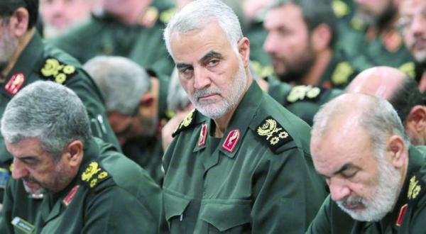 الغارديان: إيران تعيد تشكيل سوريا ديموغرافياً على أنقاض السُنة