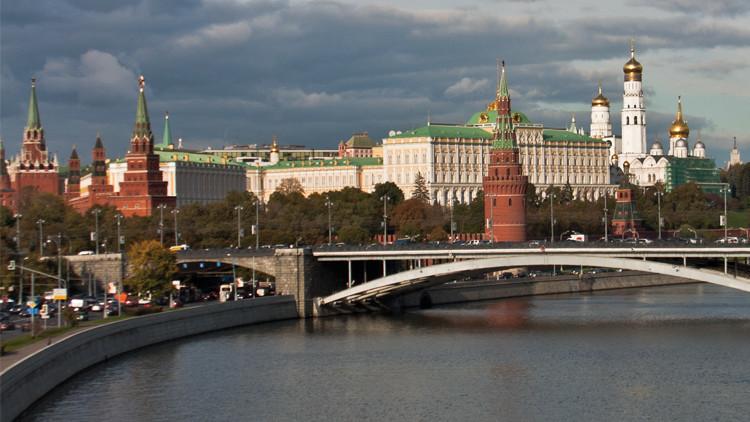 ردا على دعوات أمريكية.. موسكو تزعم: الفوضى ستعم المنطقة إذا سقط الأسد