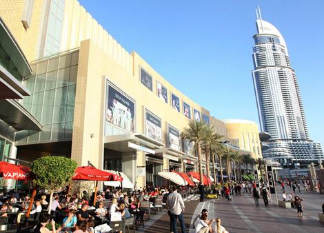 زوار دبي مول يفوقون إيفل ونياغارا وديزني معاً