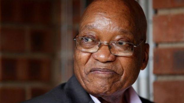 رئيس جنوب إفريقيا ينفي امتلاكه قصرا في دبي استعدادا للهروب من بلاده