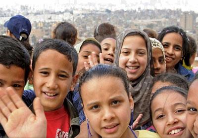 حماية المرأة والطفل تبحث مئات الحالات الاجتماعية