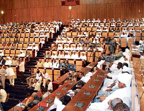 المعارضة في السودان تقاطع تعديل قانون الانتخابات