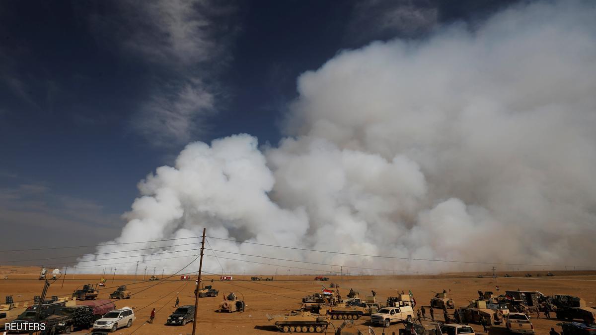 عشرات حالات الاختناق إثر حرق داعش معملاً للكبريت في الموصل