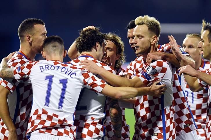 كرواتيا تسحق اليونان 4-1 وتقترب من التأهل لكأس العالم