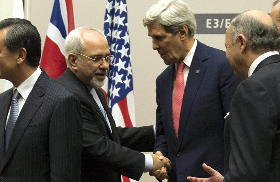 صراع داخلي.. صحيفة بإيران تقول إن الاتفاق النووي تضمن اعترافا بإسرائيل