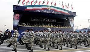 روحاني: الجيش الإيراني يجلب السلام والأمن إلى المنطقة