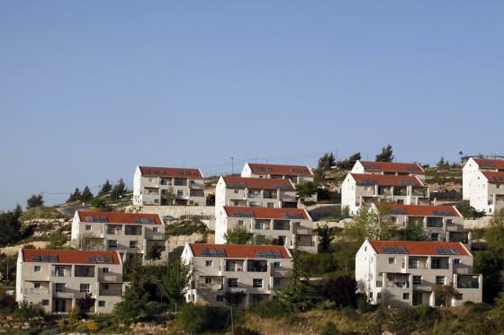 الاتحاد الأوربي يحظر التعامل مع المغتصبات في الضفة الغربية