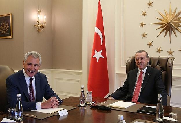 اجتماع مغلق بين الرئيس التركي ووزير الدفاع الأمريكي بشأن داعش